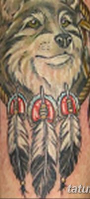 Фото тату волк и перо от 21.09.2018 №007 – tattoo wolf and feather – tatufoto.com