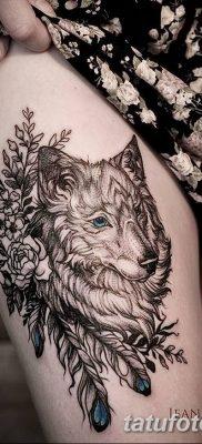Фото тату волк и перо от 21.09.2018 №040 – tattoo wolf and feather – tatufoto.com