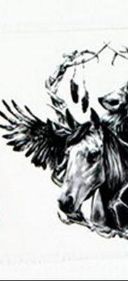 Фото тату волк и перо от 21.09.2018 №047 – tattoo wolf and feather – tatufoto.com