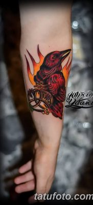 Фото тату ворон от 15.09.2018 №205 – raven tattoos – tatufoto.com