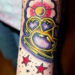 Фото тату кастет от 11.09.2018 №109 - tattoo brass knuckles - tatufoto.com