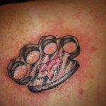 Фото тату кастет от 11.09.2018 №153 - tattoo brass knuckles - tatufoto.com