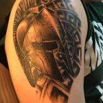 Фото рисунка тату шлем спартанца 09.10.2018 №014 - spartan helmet tattoo - tatufoto.com
