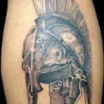 Фото рисунка тату шлем спартанца 09.10.2018 №031 - spartan helmet tattoo - tatufoto.com