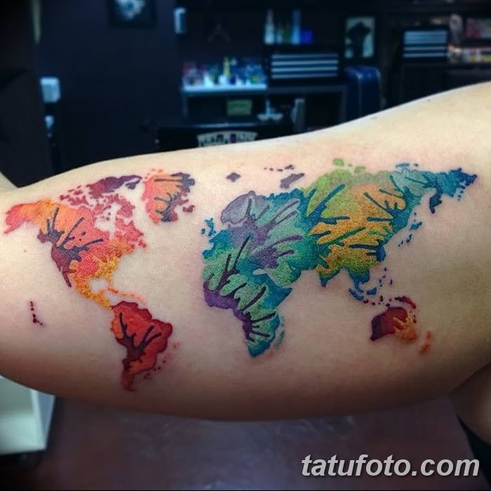 Фото тутуировка карта мира 29.10.2018 №046 - tattoo world map photo - tatufoto.com