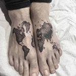 Фото тутуировка карта мира 29.10.2018 №111 - tattoo world map photo - tatufoto.com