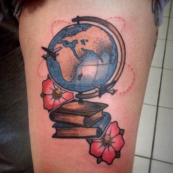 книга и корабль тату 2