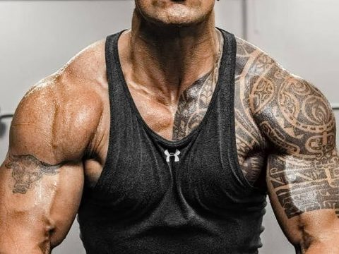 Фото тату Дуэйна Джонсона 19.11.2018 №004 - tattoo Dwayne Johnson - design-foto.ru