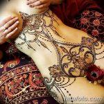 фото рисунка Мехенди на женской груди 30.11.2018 №036 - Mehendi breast - tatufoto.com