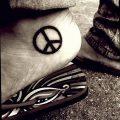 фото рисунка тату пацифизм - знак мира 14.11.2018 №112 - Tattoo pacifism - tatufoto.com