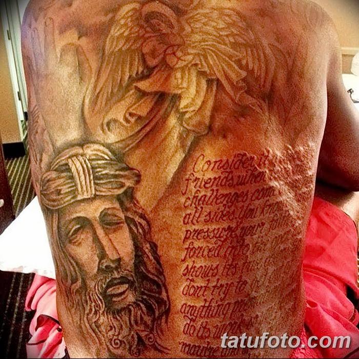 Кевин Дюрант - фото татуировки с ошибкой