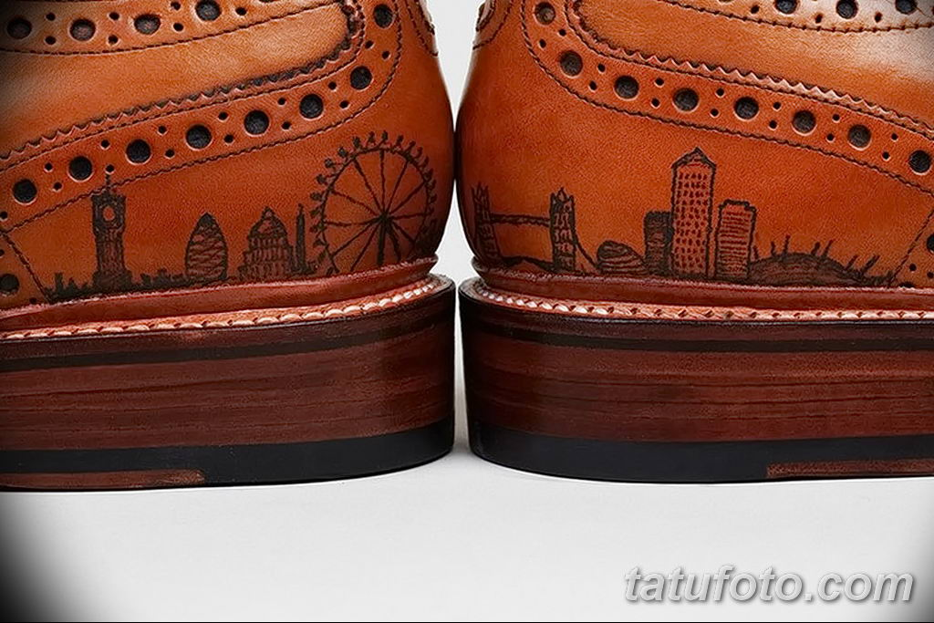 фото Татуировки на обуви 06.12.2018 №002 - photo Tattoos on shoes - tatufoto.com