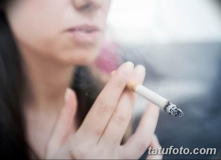 Факторы которые могут стать причиной угасания тату - фото - курение