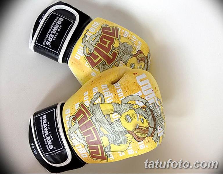 Боксерские перчатки с тату - фото 2