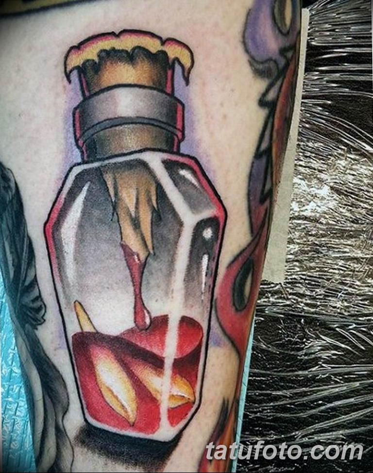 фото идеи тату с кровью 19.03.2019 №011 - blood tattoo - tatufoto.com