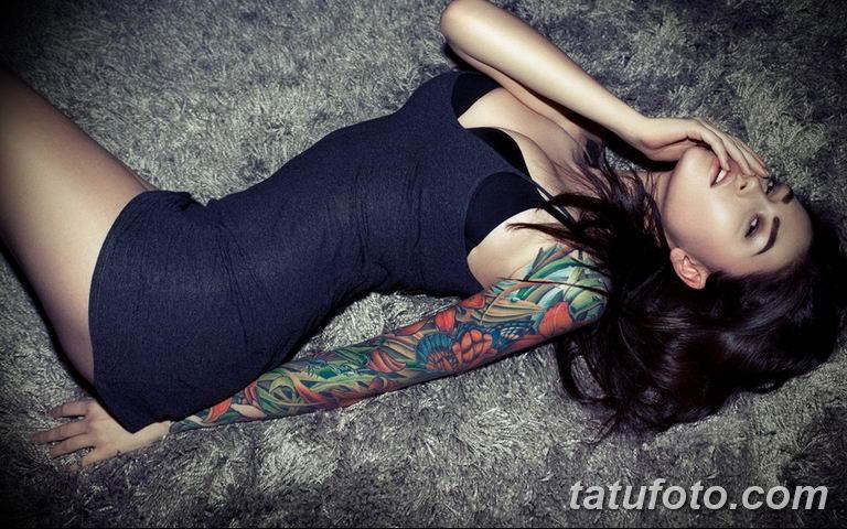 фото милой девушки с татуировкой 12.03.2019 №075 - girl with a tattoo - tatufoto.com