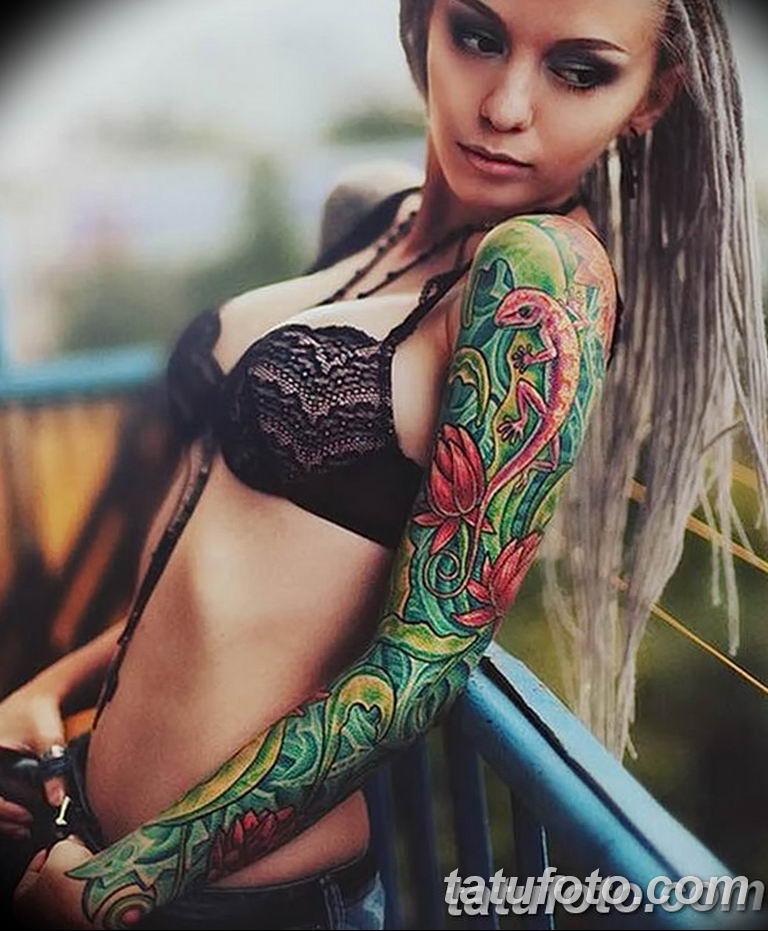 фото милой девушки с татуировкой 12.03.2019 №111 - girl with a tattoo - tatufoto.com