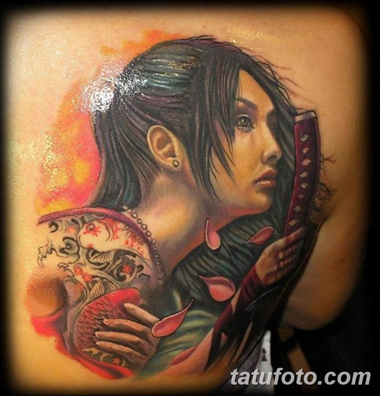 фото милой девушки с татуировкой 12.03.2019 №112 - girl with a tattoo - tatufoto.com