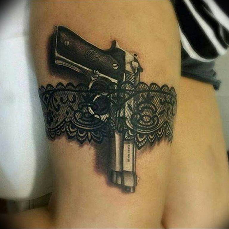 фото тату с пистолето 04.03.2019 №009 - photo tattoo with a gun - tatufoto.com