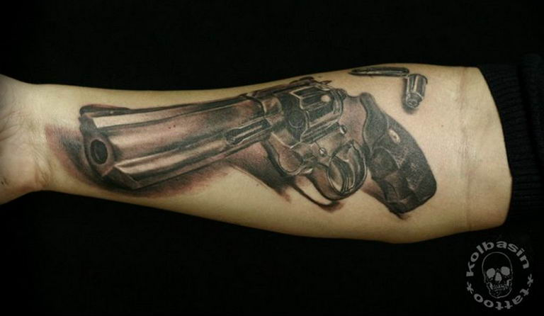 фото тату с пистолето 04.03.2019 №178 - photo tattoo with a gun - tatufoto.com