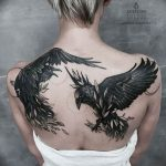 Фото тату черный ворон 15.04.2019 №045 - ideas black raven tattoo - tatufoto.com