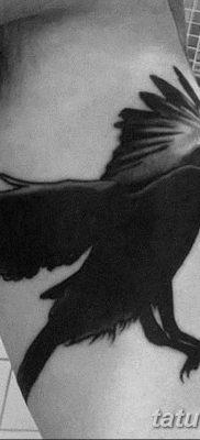 Фото тату черный ворон 15.04.2019 №055 – ideas black raven tattoo – tatufoto.com