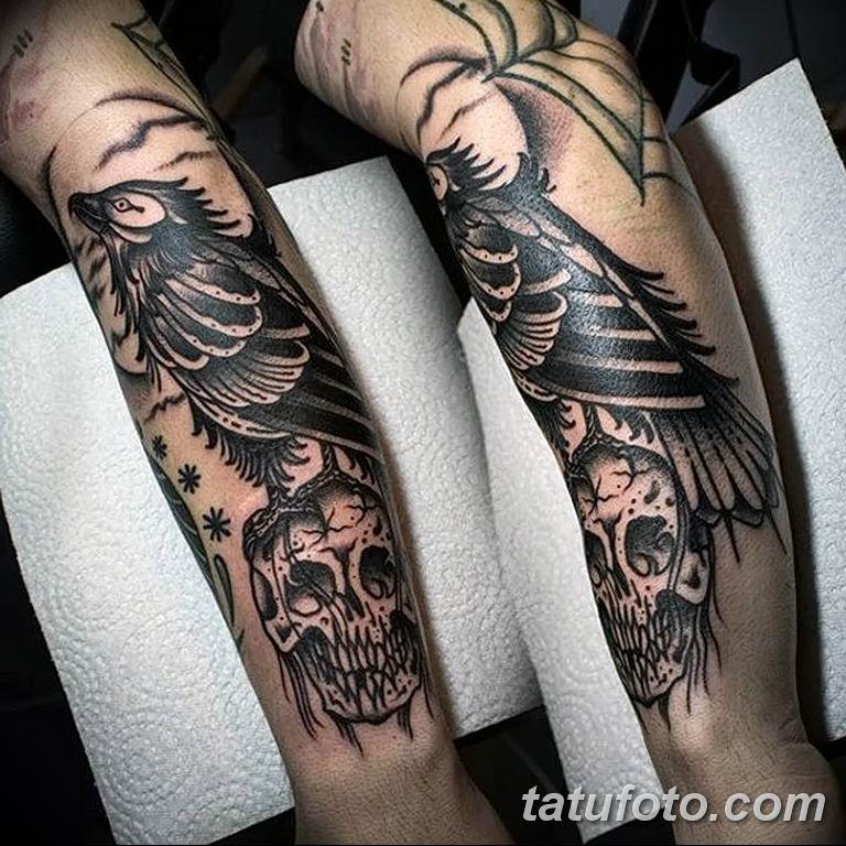 Фото тату черный ворон 15.04.2019 №073 - ideas black raven tattoo - tatufoto.com