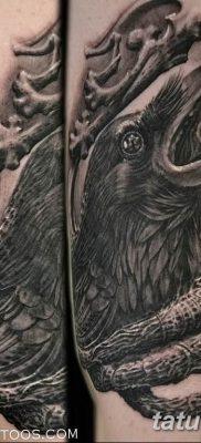 Фото тату черный ворон 15.04.2019 №097 – ideas black raven tattoo – tatufoto.com