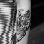 Фото ттату время (часы) 16.04.2019 №036 - tattoo time (hours) - tatufoto.com