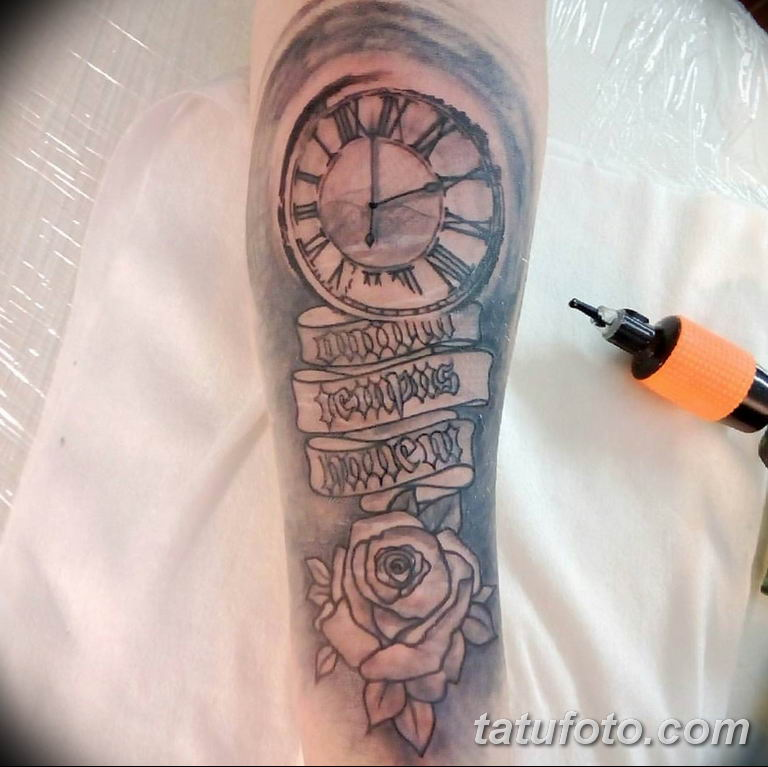 Фото ттату время (часы) 16.04.2019 №213 - tattoo time (hours) - tatufoto.com