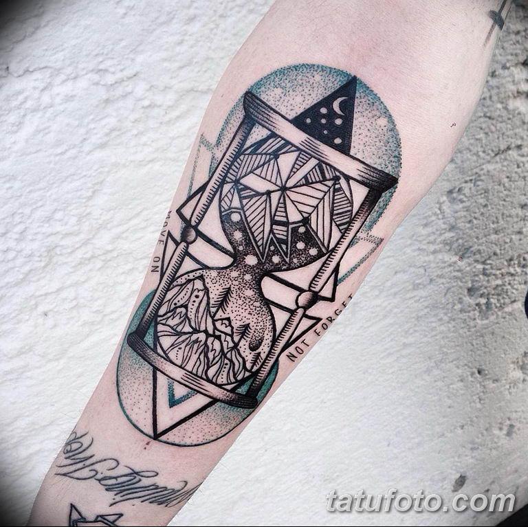 Фото ттату время (часы) 16.04.2019 №344 - tattoo time (hours) - tatufoto.com
