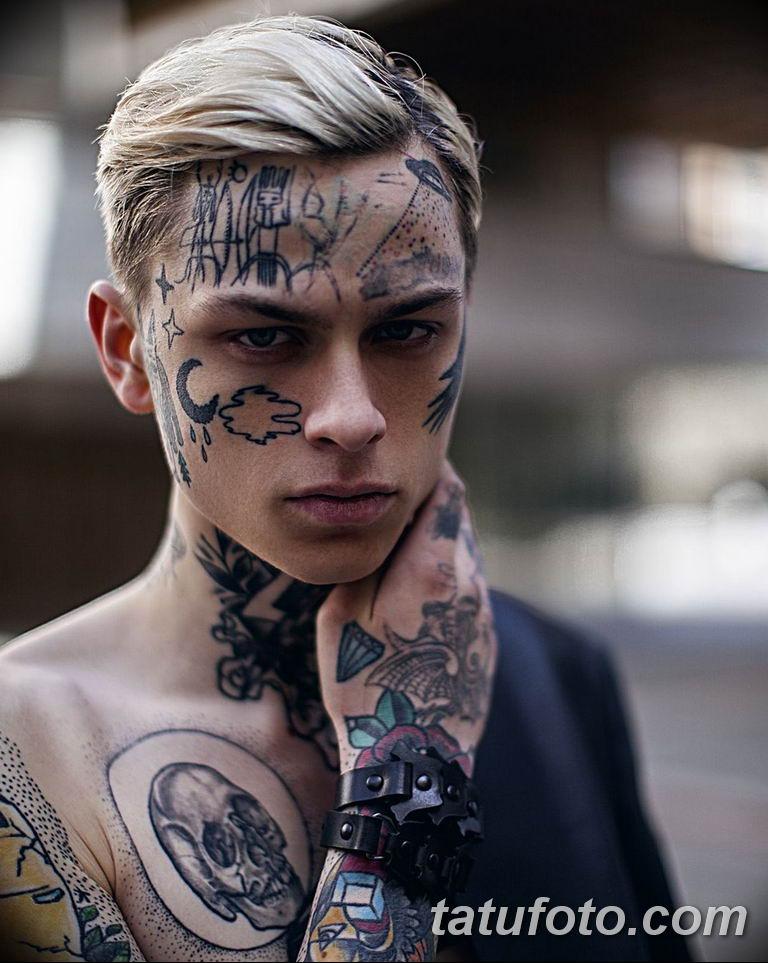 Facial tattoo eveline model wife