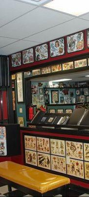 Фото помещение тату-салона 17.06.2019 №047 – photo tattoo parlor – tatufoto.com