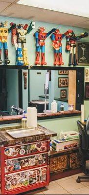 Фото помещение тату-салона 17.06.2019 №056 – photo tattoo parlor – tatufoto.com