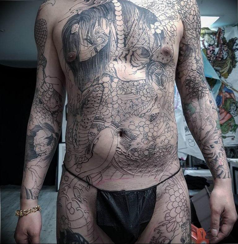 Фото пример тату на все тело 25.06.2019 №101 - whole body tattoo - tatufoto.com