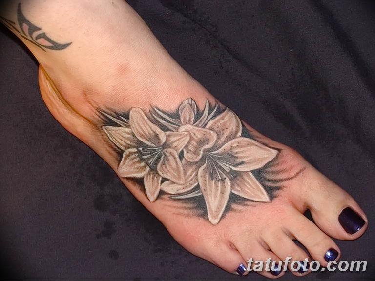 Фото тату белые цветы18.06.2019 №007 - tattoo white flowers - tatufoto.com