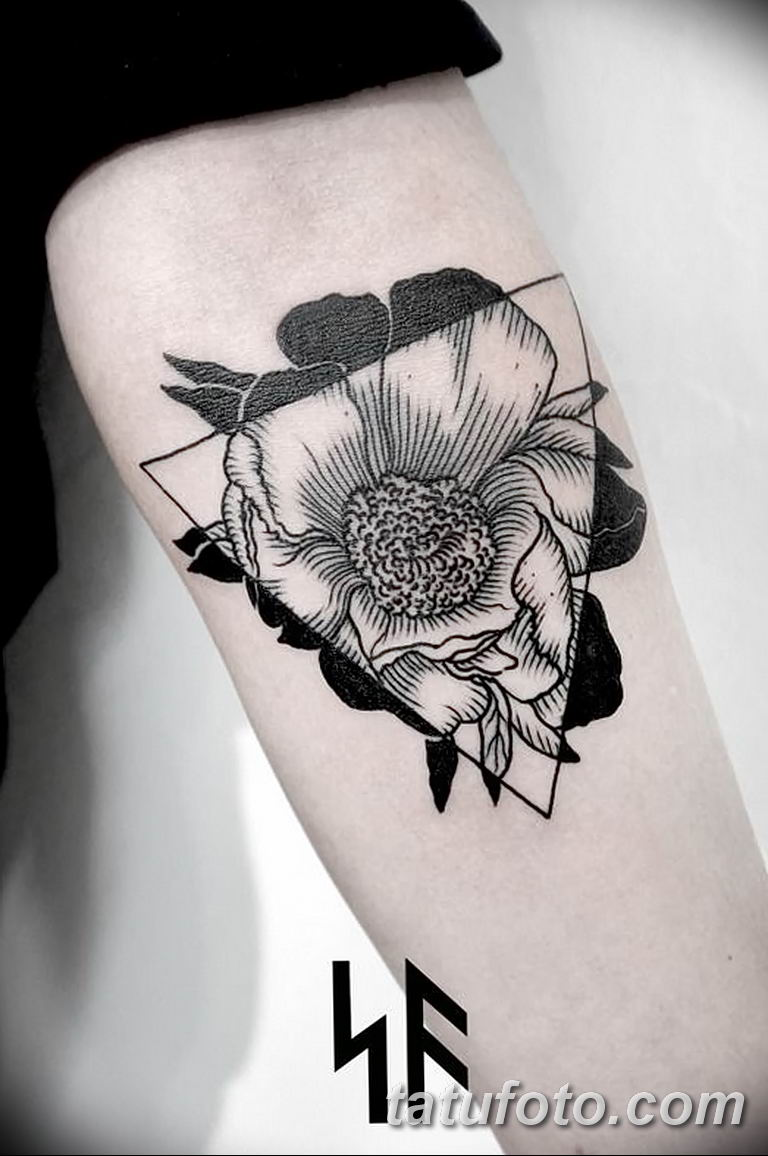 Фото тату белые цветы18.06.2019 №053 - tattoo white flowers - tatufoto.com
