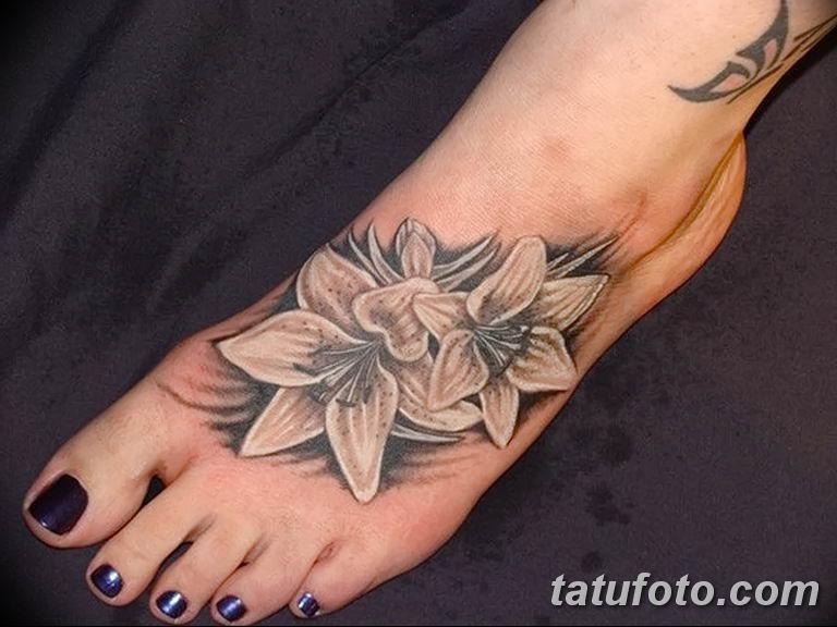 Фото тату белые цветы18.06.2019 №060 - tattoo white flowers - tatufoto.com