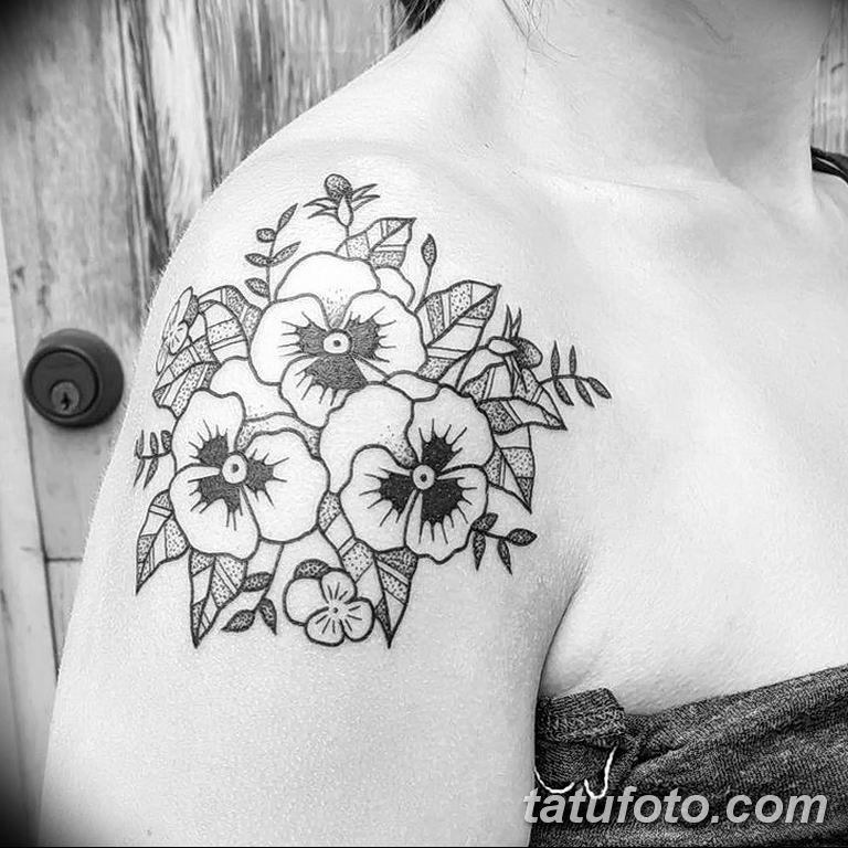 Фото тату белые цветы18.06.2019 №143 - tattoo white flowers - tatufoto.com