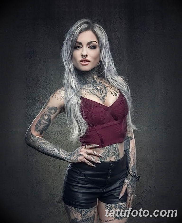 Фото тату мастер девушка 18.06.2019 №003 - tattoo master woman - tatufoto.com