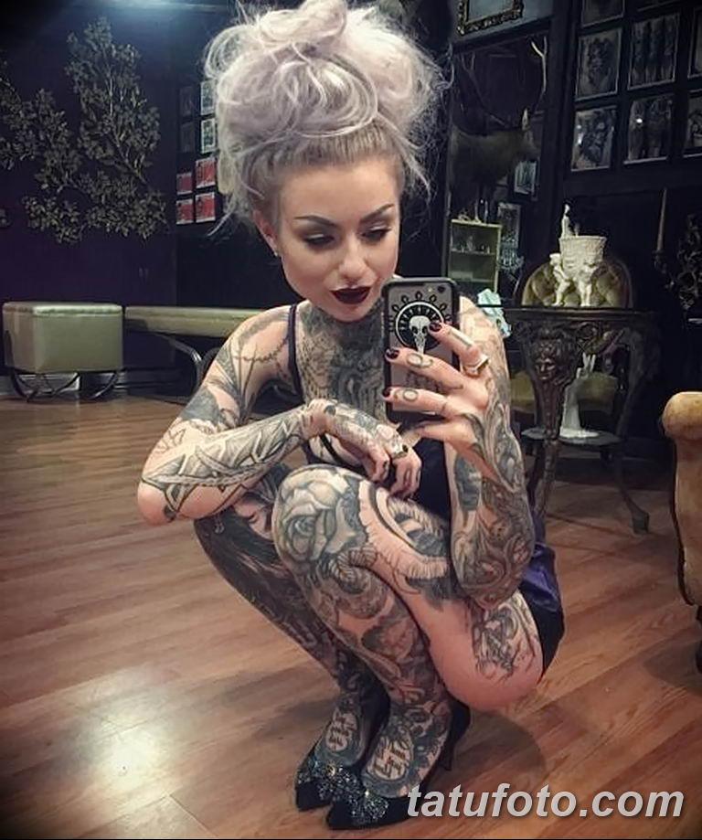 Фото тату мастер девушка 18.06.2019 №004 - tattoo master woman - tatufoto.com