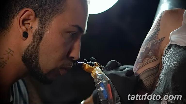 Фото тату мастер мужчина18.06.2019 №002 - tattoo master man - tatufoto.com