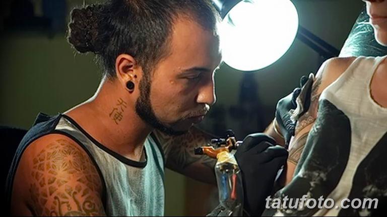 Фото тату мастер мужчина18.06.2019 №011 - tattoo master man - tatufoto.com