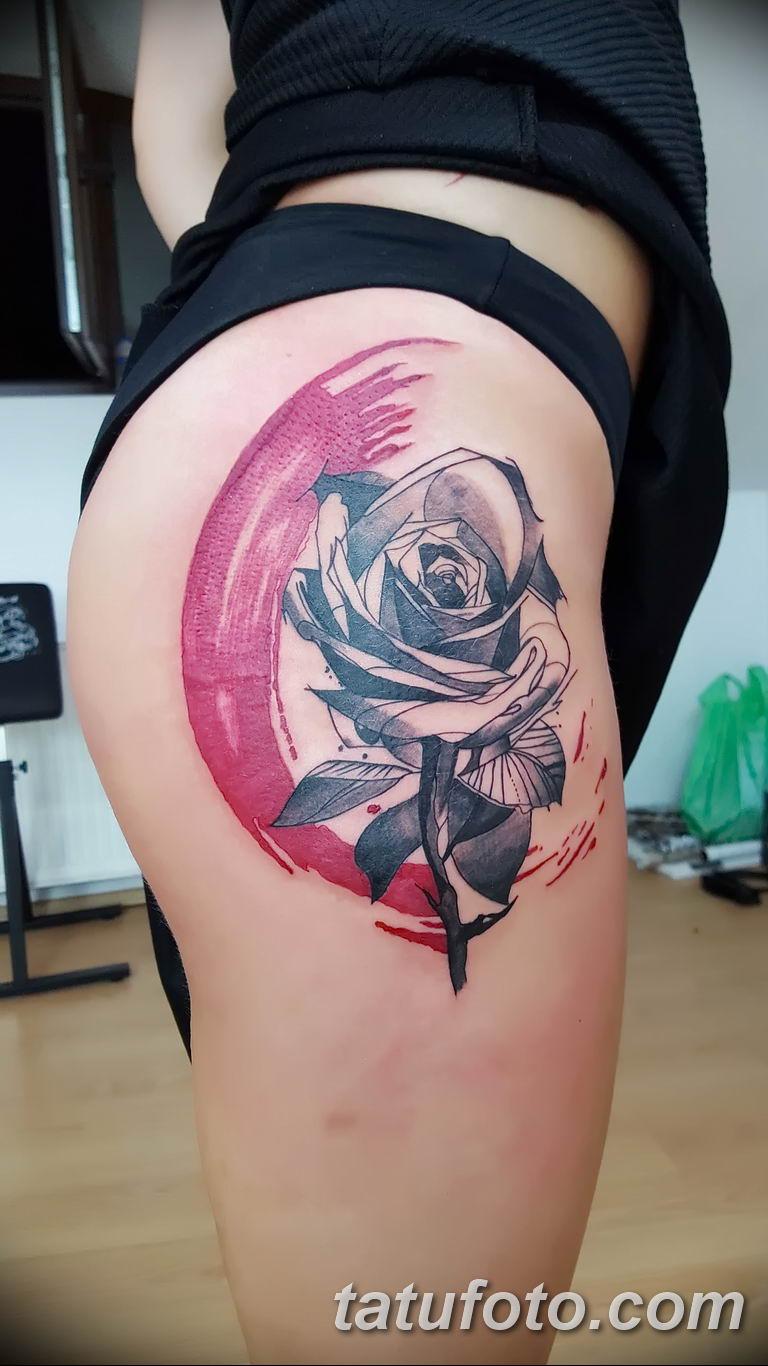 Фото тату роза с шипами 26.06.2019 №011 - spiked rose tattoo - tatufoto.com