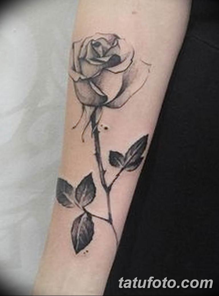 Фото тату роза с шипами 26.06.2019 №013 - spiked rose tattoo - tatufoto.com