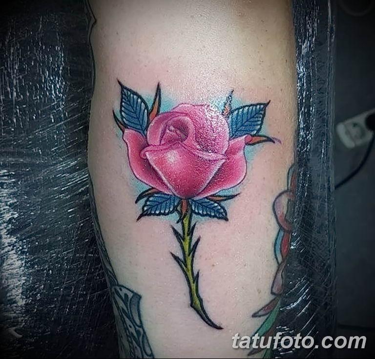 Фото тату роза с шипами 26.06.2019 №082 - spiked rose tattoo - tatufoto.com