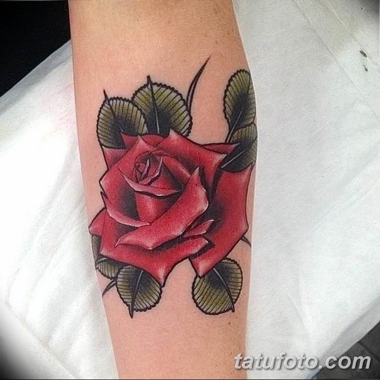 Значение тату роза с шипами