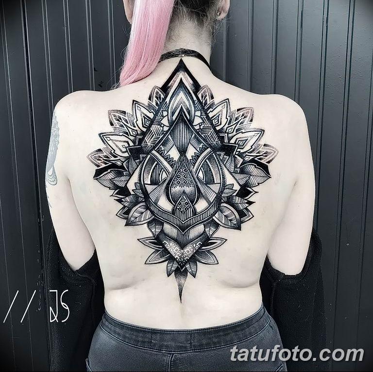 Фото тату орнамент на спине 10.07.2019 №013 - back tattoo ornament - tatufoto.com