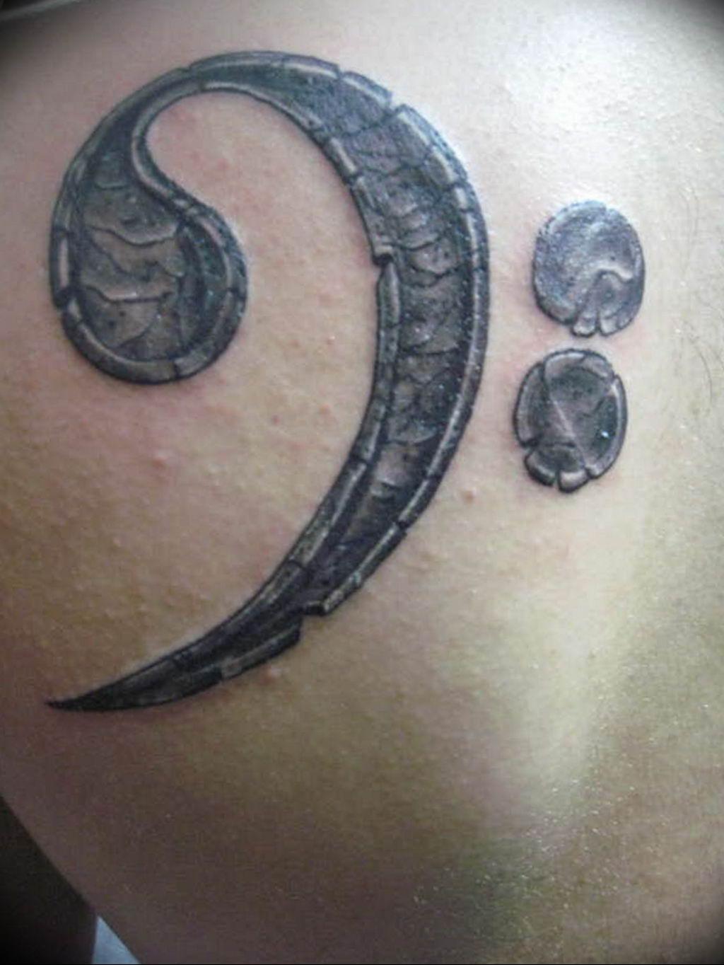 Фото басовый ключ тату 21.08.2019 №008 - bass clef tattoo - tatufoto.com