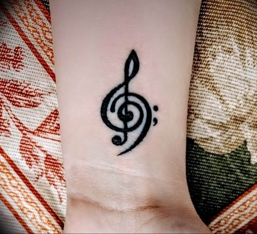 Фото басовый ключ тату 21.08.2019 №030 - bass clef tattoo - tatufoto.com